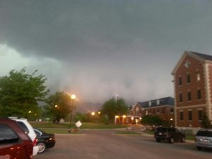 Scary wall cloud